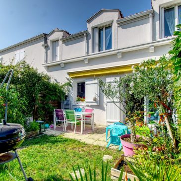 VENDU ///Mérignac, Parc de Bourranville T4 Duplex de 82m²  + jardin + garage et cellier